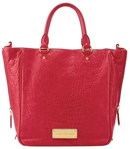 Marc by Marc Jacobs Tote in Raspberry Pink