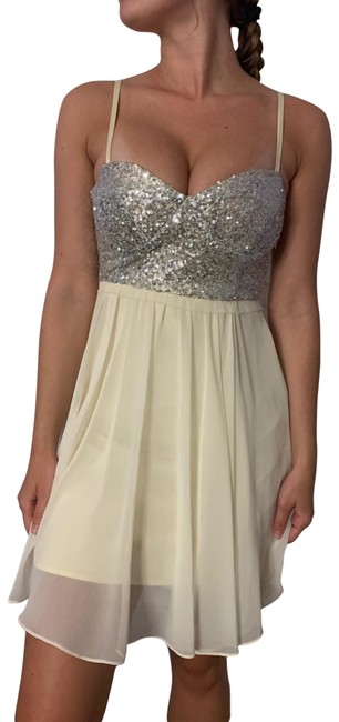Item - White Sequin Short Night Out Dress Size 4 (S)
