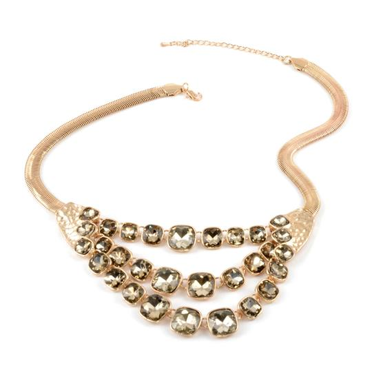 Preload https://img-static.tradesy.com/item/27319042/champagne-simulated-quartz-drape-20-in-in-goldtone-necklace-0-0-540-540.jpg