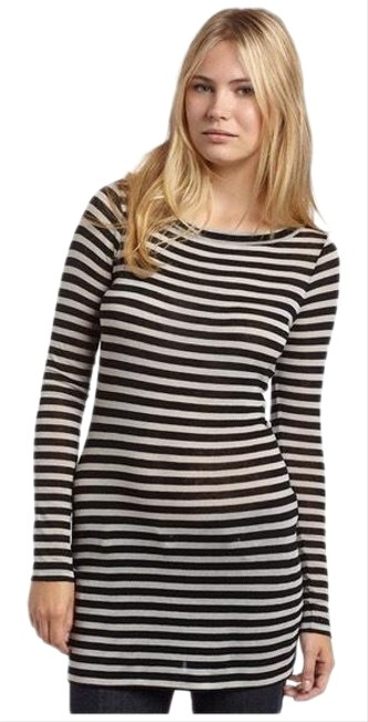 Item - White and Black Striped Knit Long Sleeve Tunic Size 4 (S)