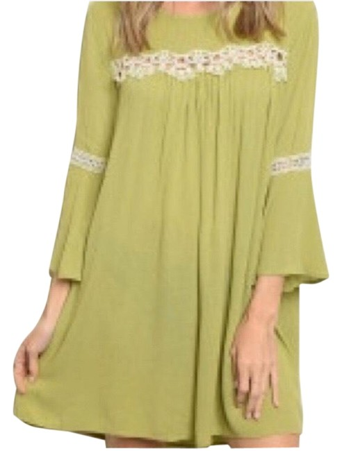 Item - Green Lime Babydoll Lace Detail Short Casual Dress Size 12 (L)