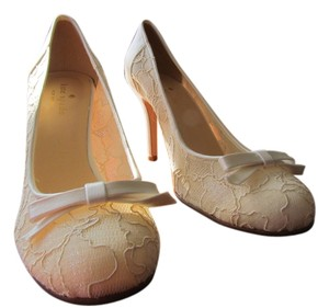 Kate Spade cream Pumps