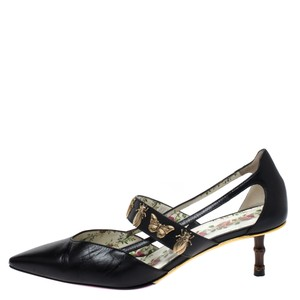 Gucci Leather Embellishment Pointed Toe Black Pumps