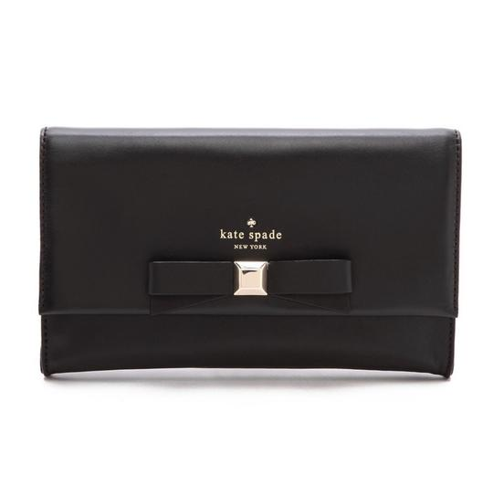 Preload https://img-static.tradesy.com/item/27324333/kate-spade-holly-remi-black-and-gold-cowhide-leather-clutch-0-0-540-540.jpg