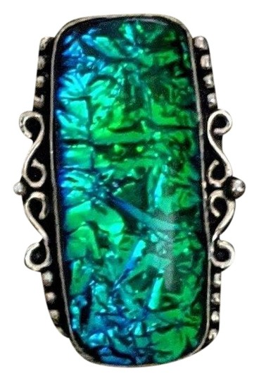 Preload https://img-static.tradesy.com/item/27324745/bluegreen-sterling-dichroic-glass-ring-0-1-540-540.jpg