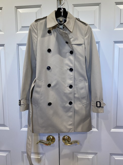 Item - Beige Trench Coat Jacket Size 2 (XS)
