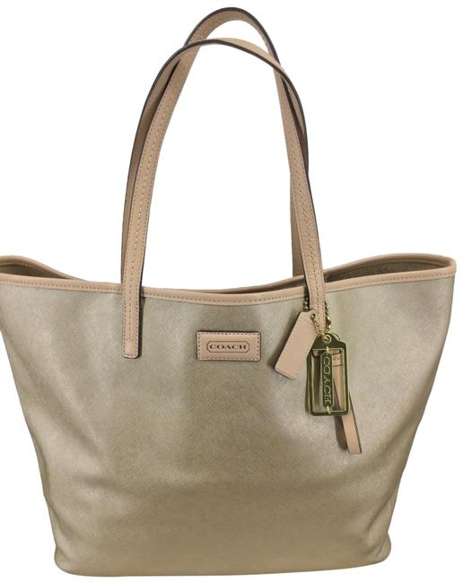 Item - Park Metro F24341 Gold Leather Tote