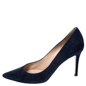 Gianvito Rossi Pointed Toe Suede Navy Blue Pumps