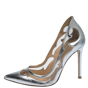 Gianvito Rossi Leather Pointed Toe Silver Pumps