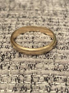 Solid 14k Yellow Gold Vintage Women's Wedding Band