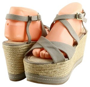 Palomitas Comfortable Casual Wedge Espadrille Taupe Sandals