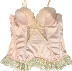 Blush NWT Blush Push-up Corset with Garters