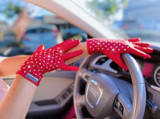 Item - Red Fancy Nylon Formal Women's Rhinestone Gloves