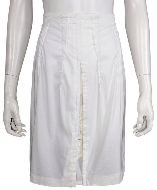 Miu Miu White Stretch Cotton Inverted Front Pleat Sautouche Skirt Size 6 (S, 28) Miu Miu White Stretch Cotton Inverted Front Pleat Sautouche Skirt Size 6 (S, 28) Image 1