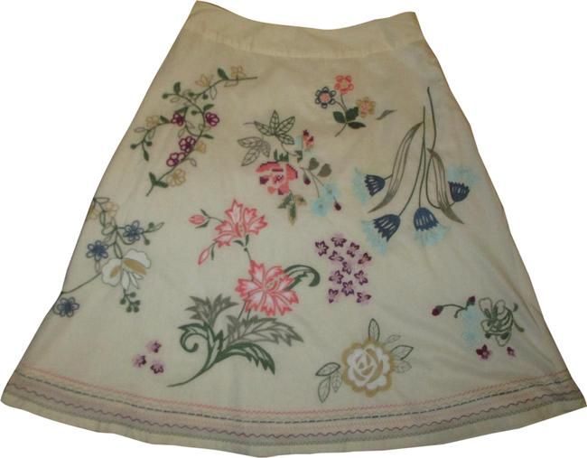 Item - Ivory Multi Embroidered Cotton A Line Skirt Size 4 (S, 27)