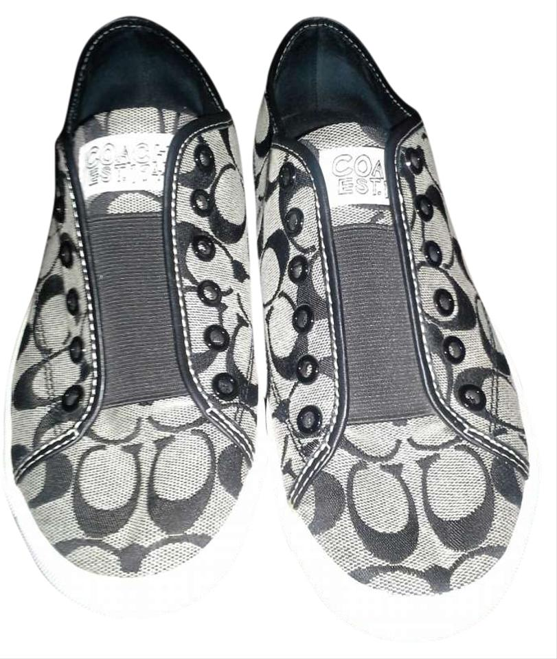Black Poppy Shoes Review