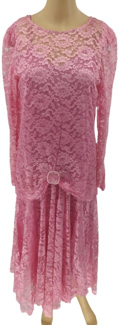 Item - Pink Vintage Two-in-one Lace Cocktai 7/8 Long Formal Dress Size 8 (M)