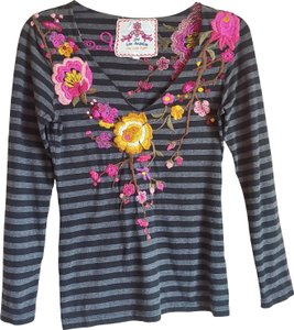 Johnny Was Embroidered Floral Striped T Shirt Gray Pink