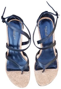 Kenneth Cole Reaction Wedges Strappy Black Sandals