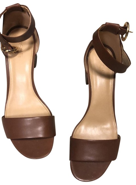 Item - Tan Chunky Heel Sandals Size US 8.5 Regular (M, B)