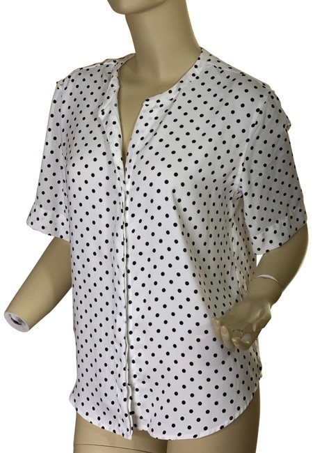Item - Black and White New with Tag Button-down Top Size 8 (M)