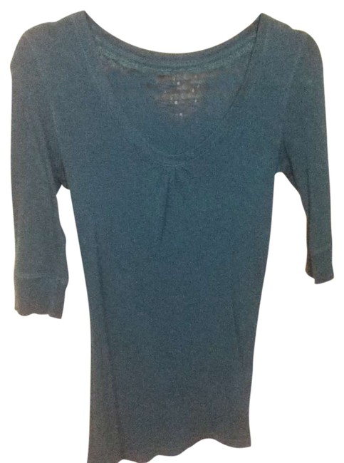 Preload https://item4.tradesy.com/images/arizona-jean-company-dark-teal-blue-quarter-sleeve-everyday-wear-tee-shirt-size-4-s-273543-0-0.jpg?width=400&height=650