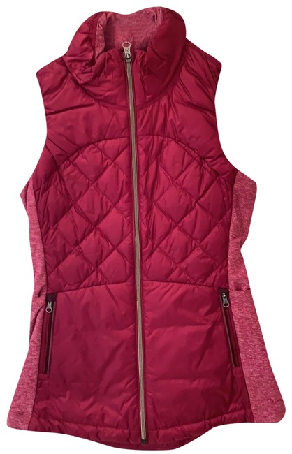 Item - Red Running Activewear Outerwear Size 4 (S)