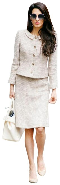 Item - Beige 02a Vintage Tweed Amal Clooney Fall 2002 Jacket Skirt Suit Size 4 (S)