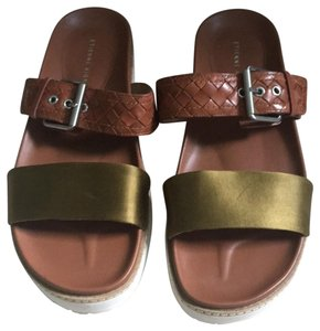 Etienne Aigner green and brown with silver hardware Sandals