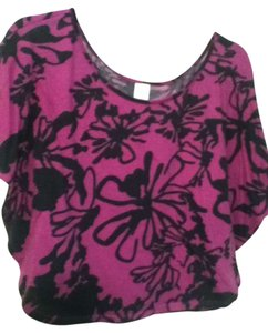 Rue 21 Flowy Floral T Shirt Purple and black