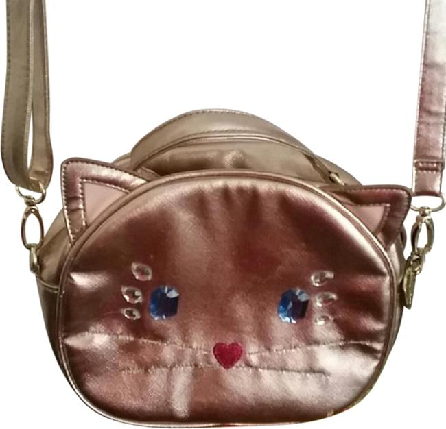 Item - Metallic Cat Rose Gold Pvc Cross Body Bag