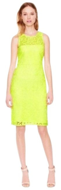 Item - Neon Yellow Lace Sheath Mid-length Cocktail Dress Size 2 (XS)