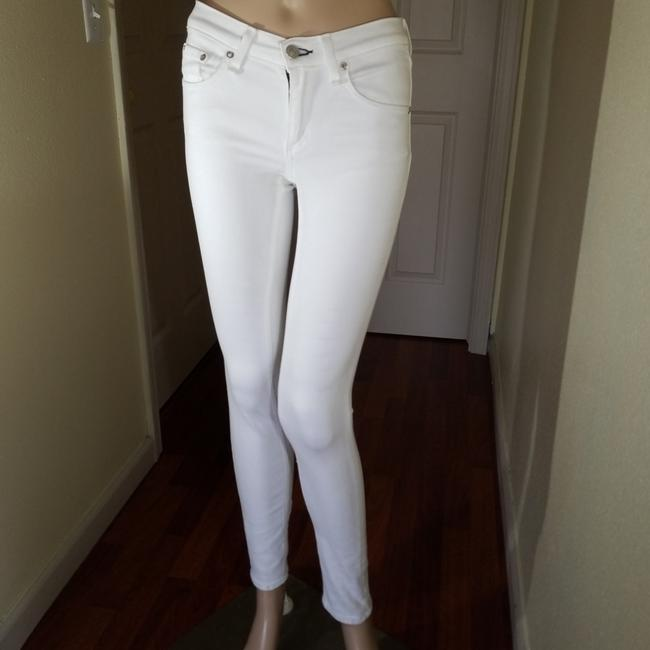 Item - White Light Wash Skinny Jeans Size 24 (0, XS)