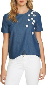 CeCe by Cynthia Steffe Applique Floral Chambray Keyhole Short Sleeve Top Blue