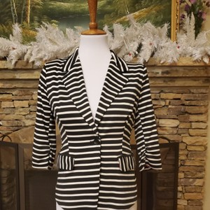 Just Ginger Black/ White Blazer