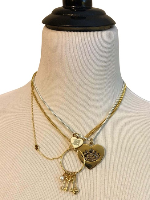 Item - Gold/ White Necklace