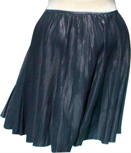 Item - Silver Gray Metallic Luxe Pleated Stretch Soft 8/10 M Elastic Waist Skirt Size 8 (M, 29, 30)