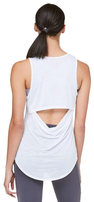 Preload https://img-static.tradesy.com/item/27364926/lululemon-white-set-the-course-activewear-top-size-4-s-0-1-650-650.jpg