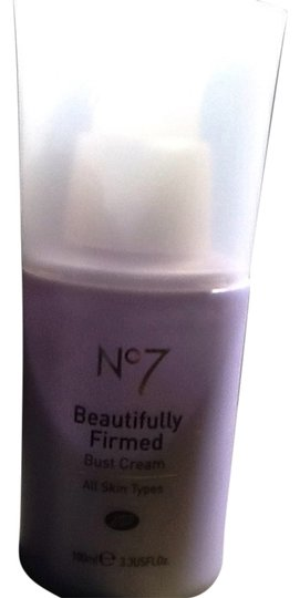 Boots Boots No. 7 Beautifully Firmed Bust Cream