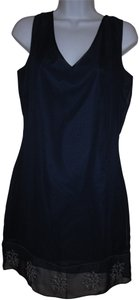 Boutique Europa Short V-neck Sleeveless Dress