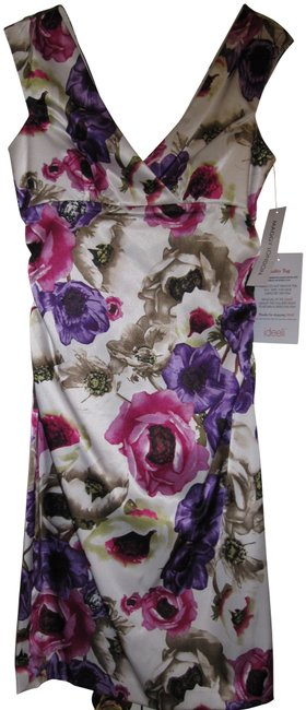 Maggy London short dress White floral V-neck Wide Straps Sleeveless Knee Length Floral on Tradesy