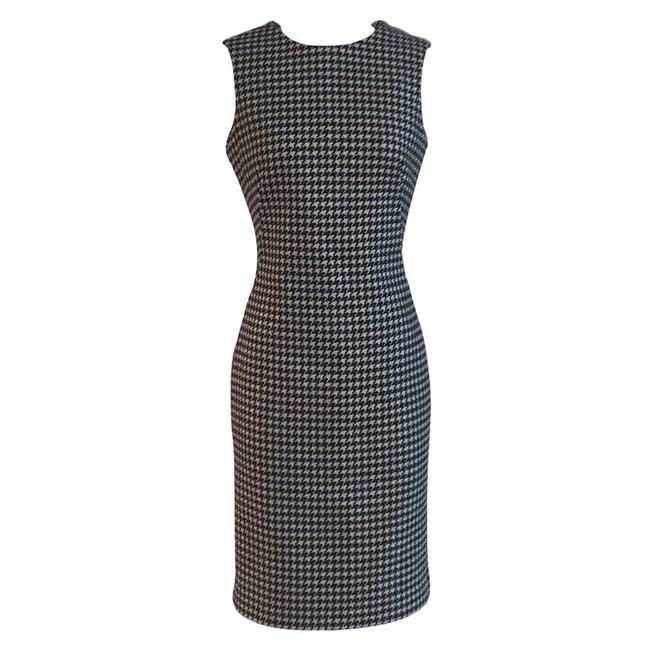 Alexander McQueen Black and White 2009 Houndstooth Check Mid-length Work/Office Dress Size 4 (S) Alexander McQueen Black and White 2009 Houndstooth Check Mid-length Work/Office Dress Size 4 (S) Image 1