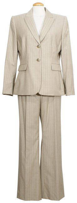 Item - Beige White Pinstripe Stretch Wool Twill Wide Leg Pant Suit Size 18 (XL, Plus 0x)