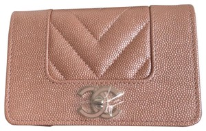 Chanel Chanel Mademoiselle Flap Cardholder in Rose Gold