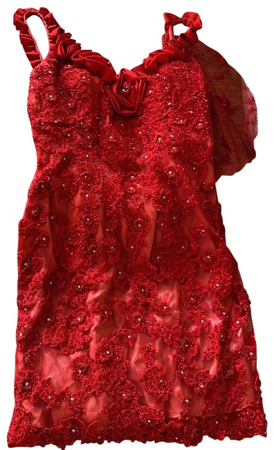 Item - Red Low Back Mid-length Cocktail Dress Size 10 (M)
