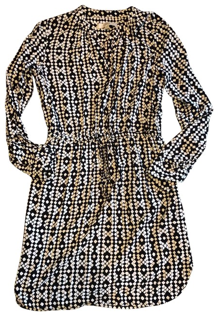 Item - Black and Ivory Short Casual Dress Size 6 (S)