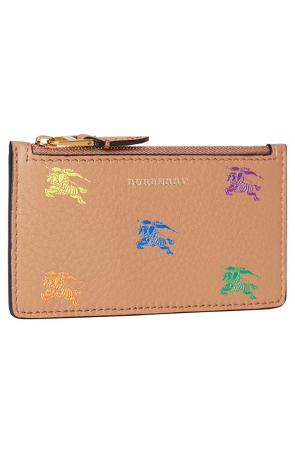 Item - Camel 3d Horse Equestrian Knight Embossed Leather Card Coin Case Holder Wallet