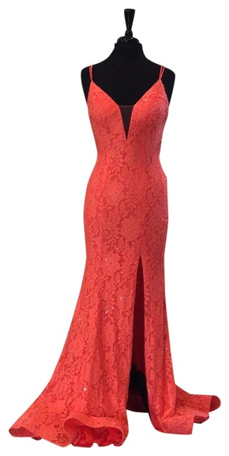 Item - Coral 53360 Long Formal Dress Size 6 (S)