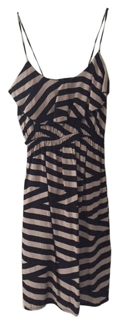 Soprano short dress Black/Beige on Tradesy