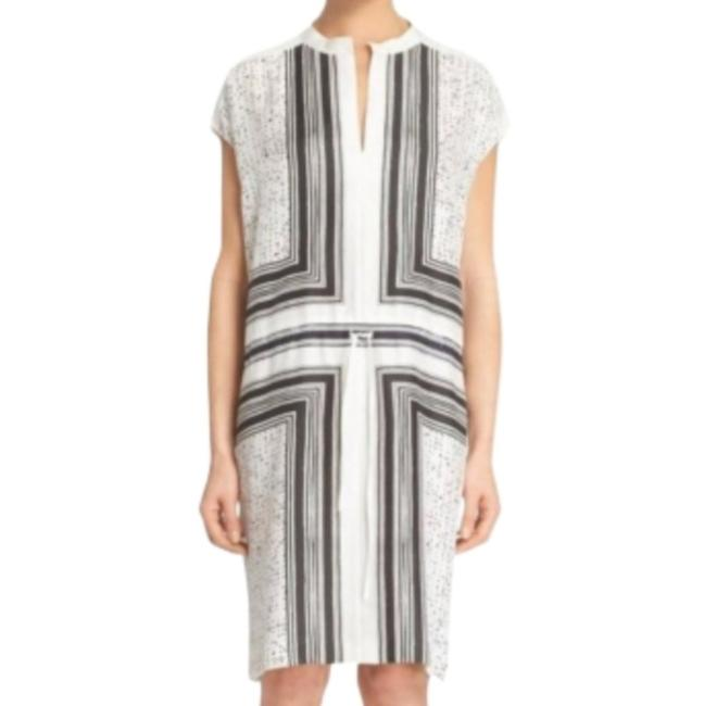 Item - White Black Excellent Condtion Silk Elegant Abstract Pattern Mid-length Short Casual Dress Size 2 (XS)
